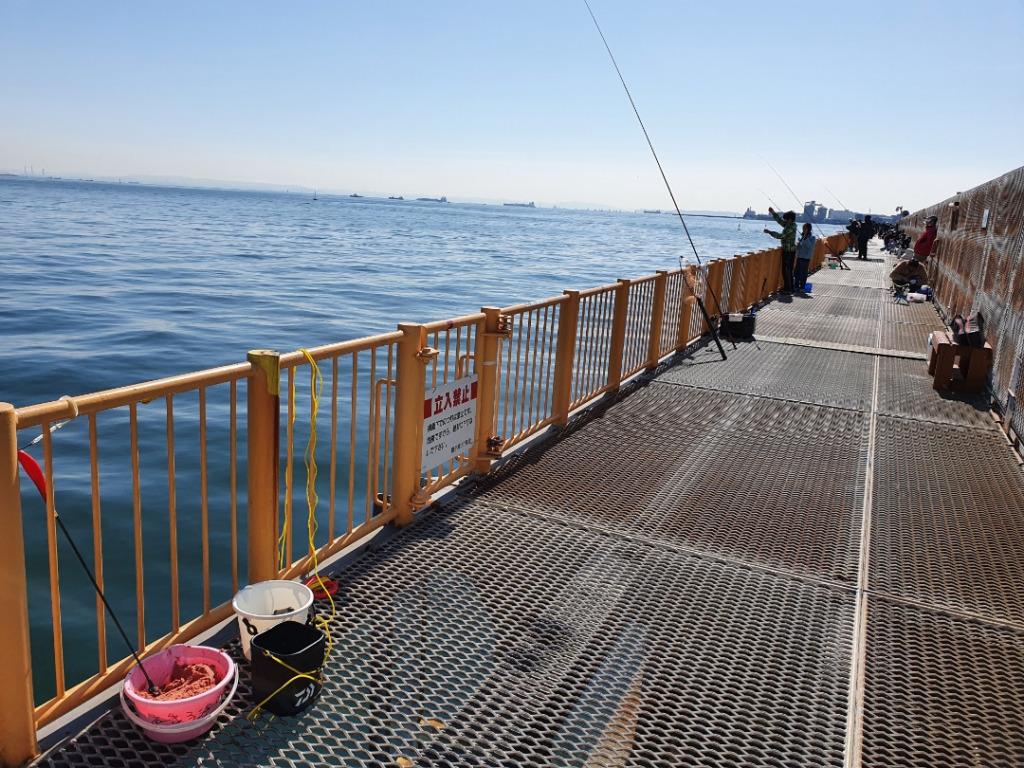 冬の磯子海釣り施設はここを攻めろ!!メジナが連チャン!フカセ釣り